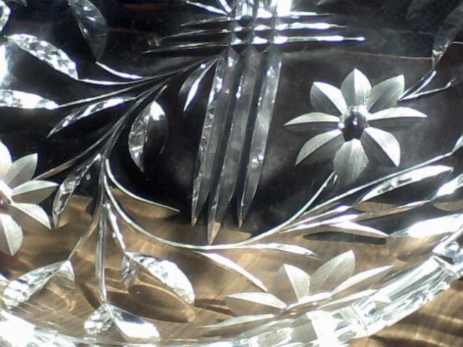 Antiguo Plato de Cristal tallado