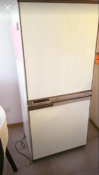 Líquido Heladera con Freezer