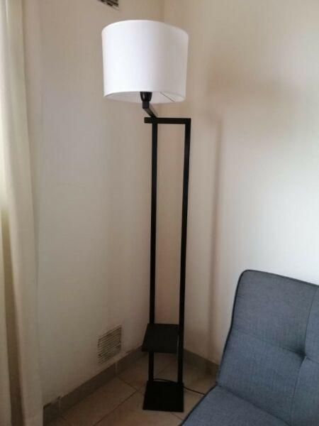 Vendo lámpara de pie 1,7 de altura