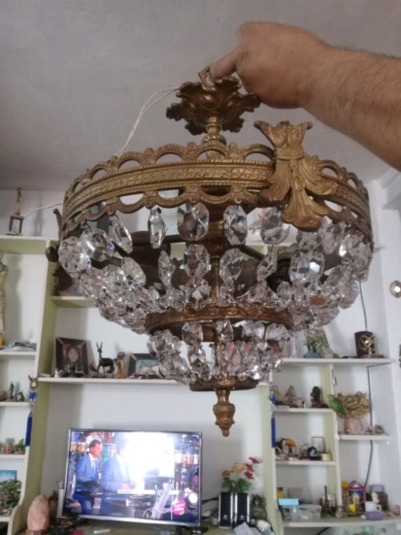 Araña de bronce con caireles