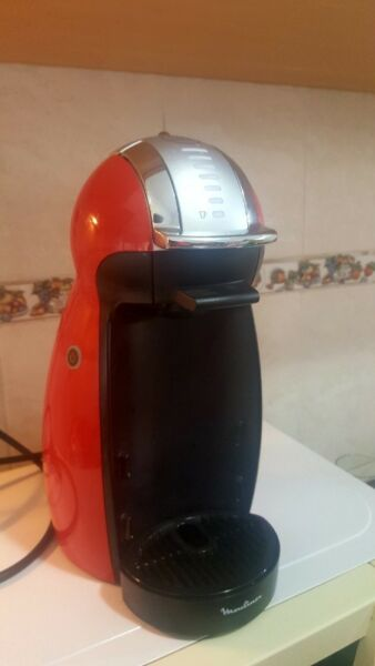 Cafetera expresso dolce gusto
