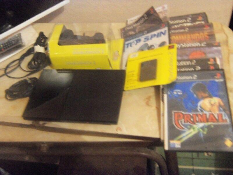 Play 2, PS2, slim, lente nuevo, 1 joystick nuevo, memoria, y