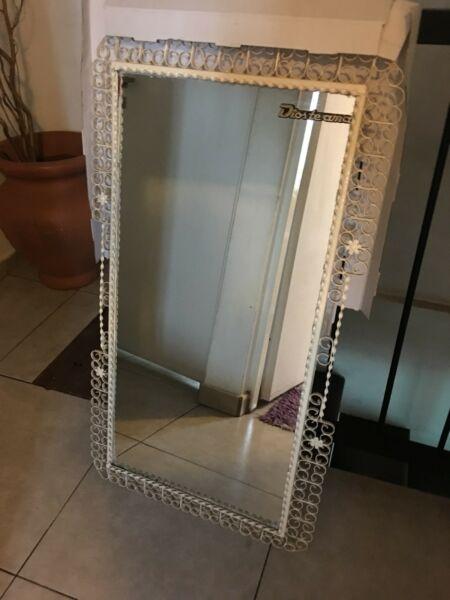 Vendo espejo forjado de hierro color blanco natural