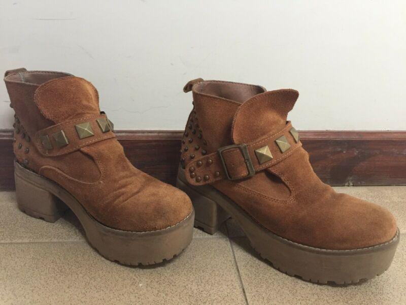 Botas cortas de gamuza