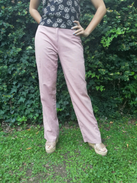 Pantalón de vestir color rosa