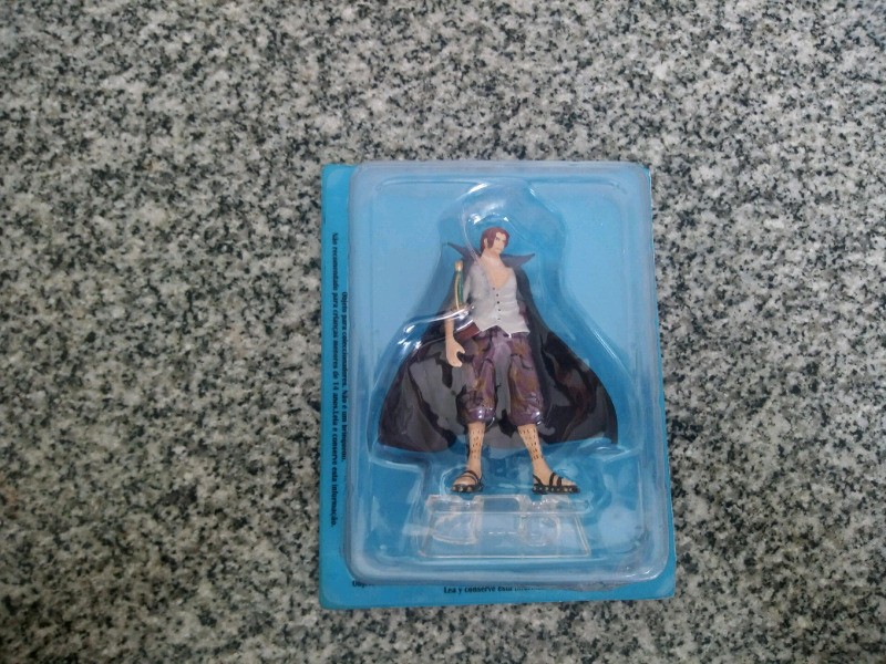 Vendo muñeco one piece en perfecto estado