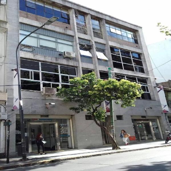 Edificio en Block en venta. Superficie: 13.50 x 22 m. 1º