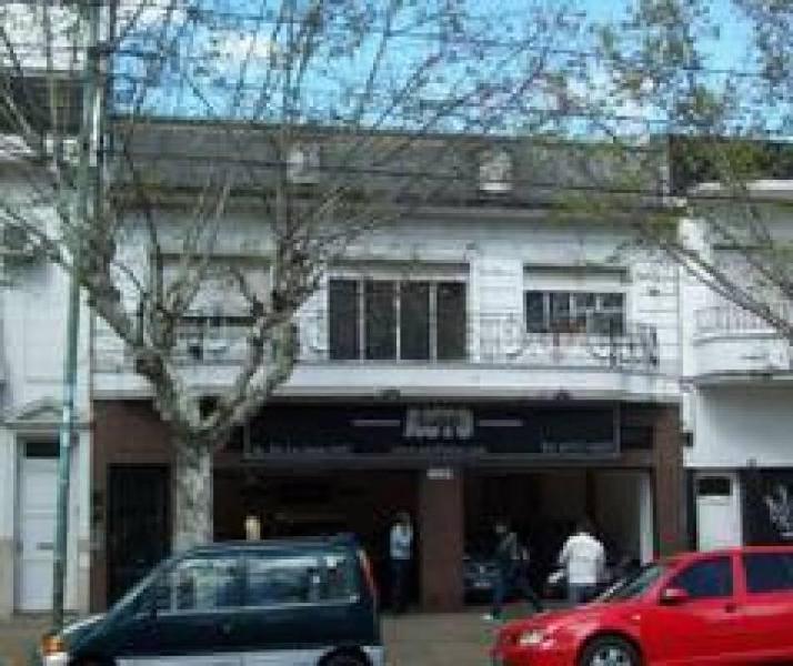 edificio en block local comercial y ph en planta alta