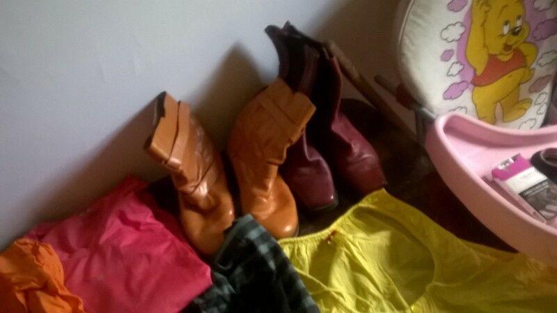 ropa de mujer carteras zapatos camperas