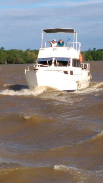 Barco acero naval 11 mts motor toyota 75 hp fly 2005 2