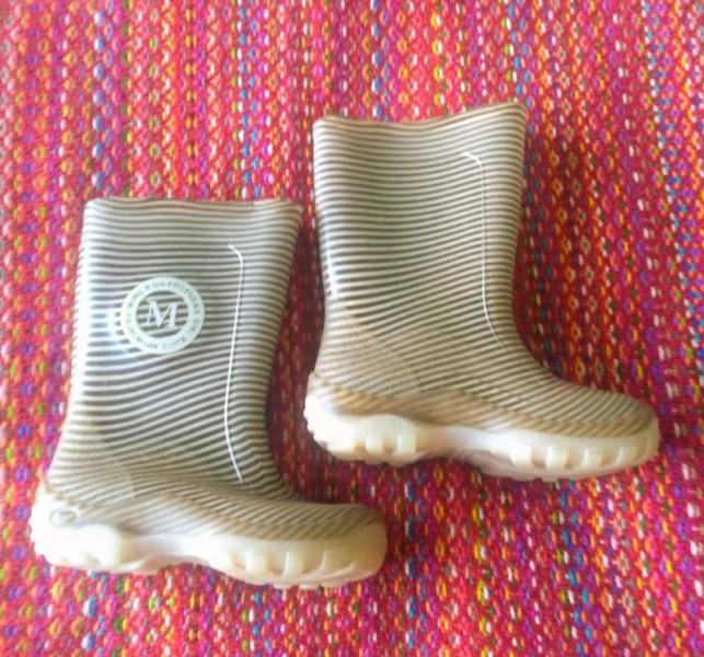 Botas de lluvia para niño marca MIMO N°