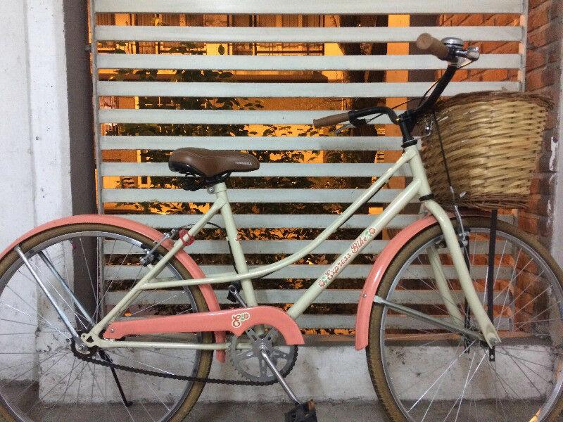 Vendo Bicicleta, excelente estado. Poco uso