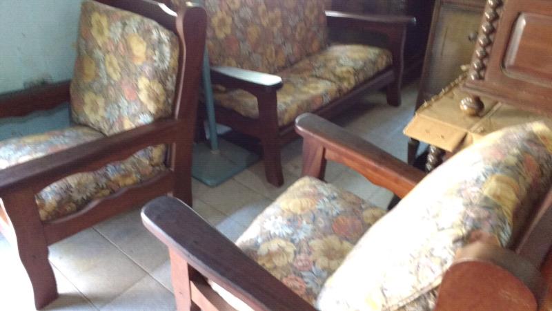 Juego sillones de algarrobo con almohadones