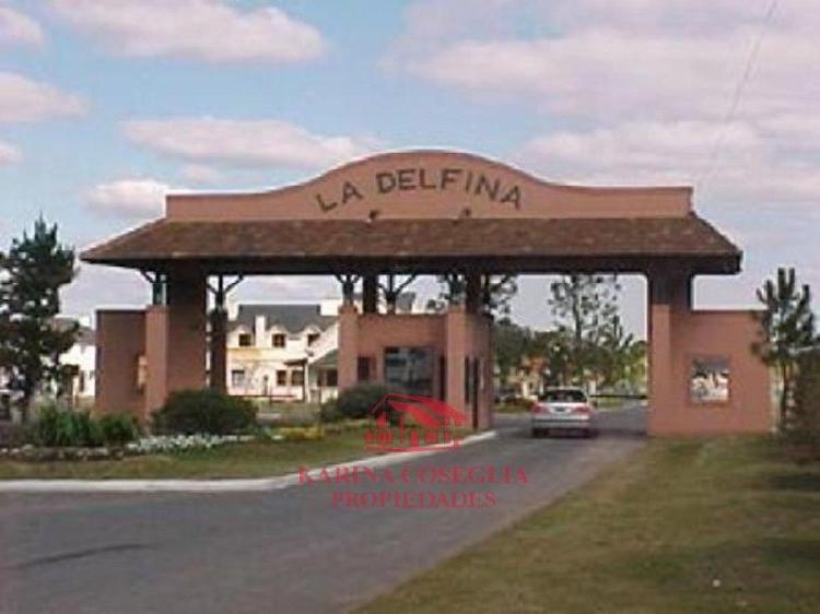 EXCELENTE LOTE EN VENTA EN BARRIO PRIVADO LA DELFINA