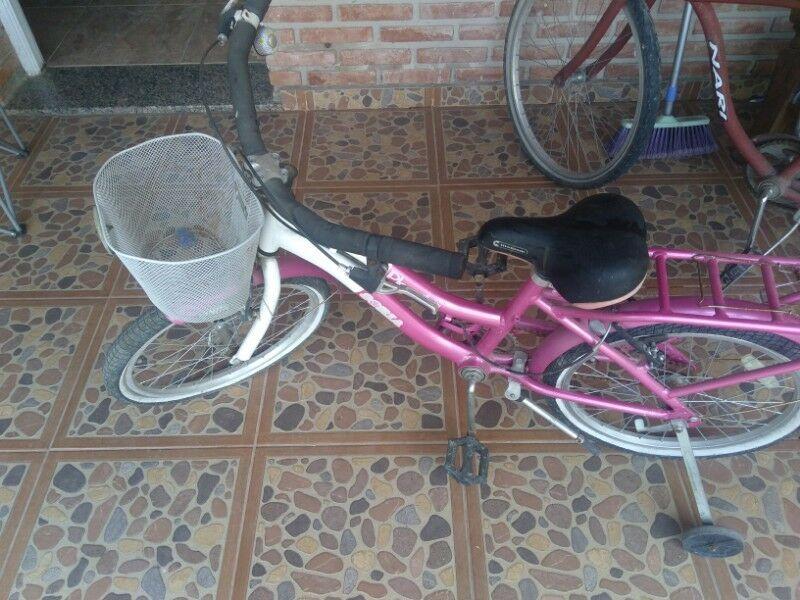 Bicicleta de nena nueva rodado 16