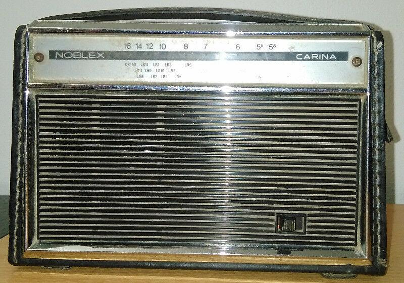 Antigua Radio Carina Noblex. Funciona. Muy Linda.