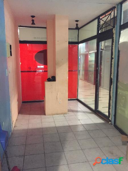 Local en galeria centrica-VENTA O ALQUILER