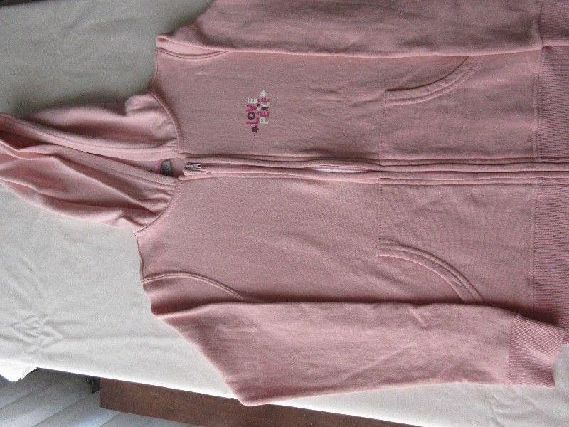 Campera de algodón frisada con capucha, para nena, marca