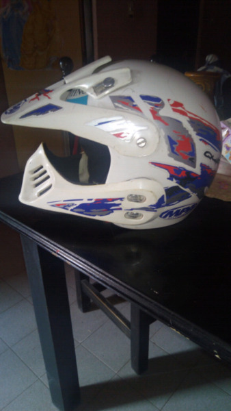 Vendo casco enduro