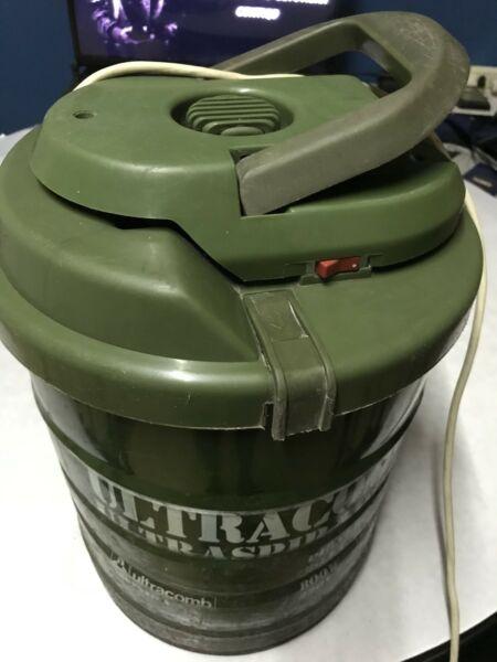 Aspiradora Ultracomb 20 litros 800w
