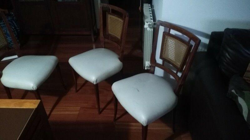 Juego de 6 sillas de comedor.
