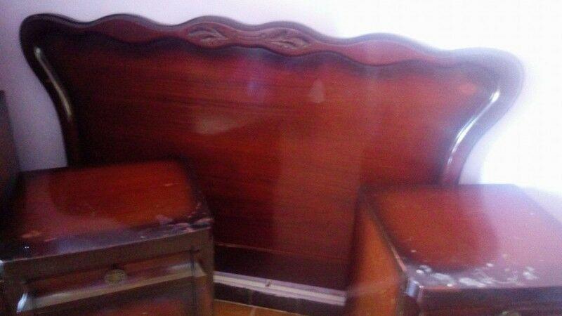Juego de dormitorio (madera) caoba Importado