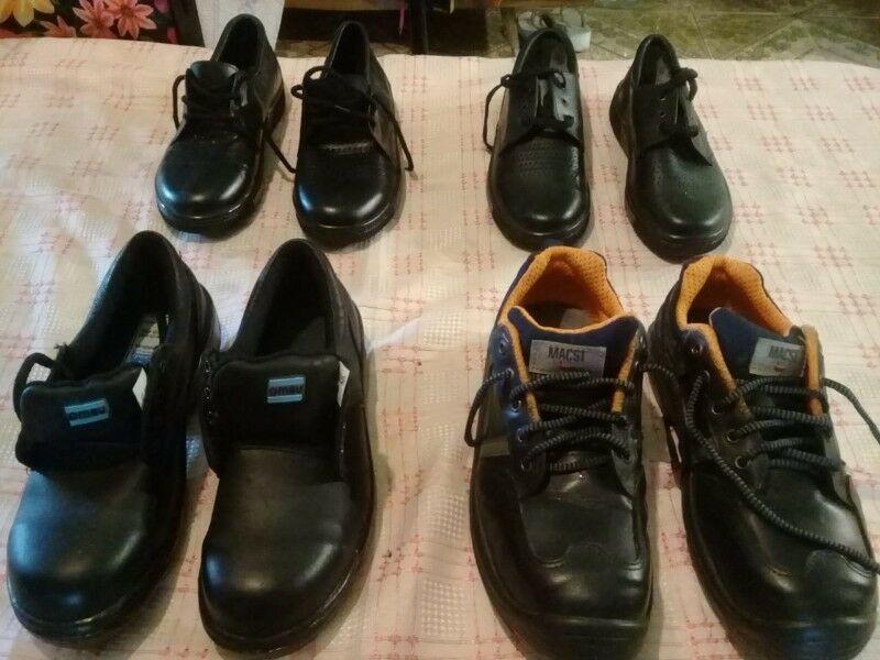 borcegos y zapatos de trabajo