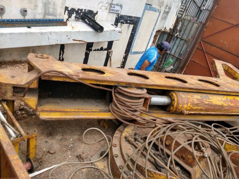 Hidrogrua con cable de acero