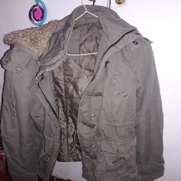 Campera de abrigo de mujer con capucha