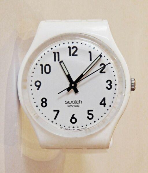 Reloj Swatch Gw151o Just White Silicona Blanco. ROSARIO.