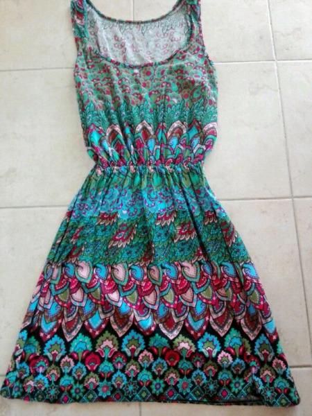 Vestidos de fibrana sin uso $130
