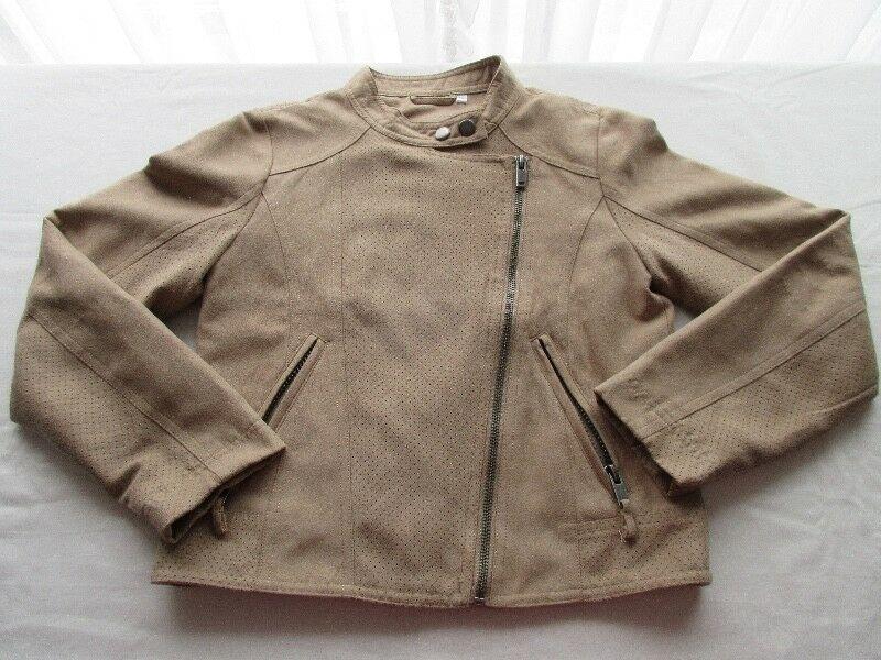 Campera de gamuza para nena, color marrón claro, marca