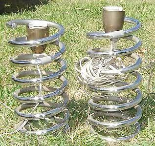 Lampara de mesa velador espiral cromado pistero diseño