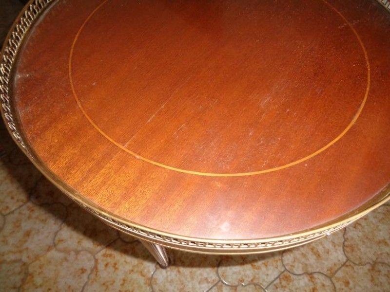 mesa redonda estilo ingles