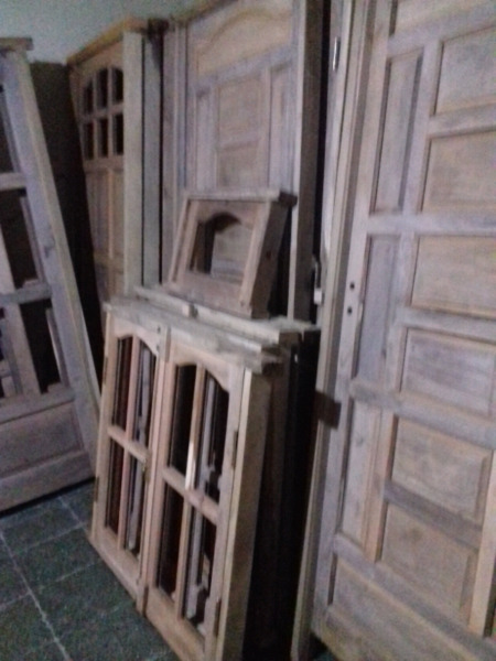 Puerta balcon algarrobo aberturas en gral