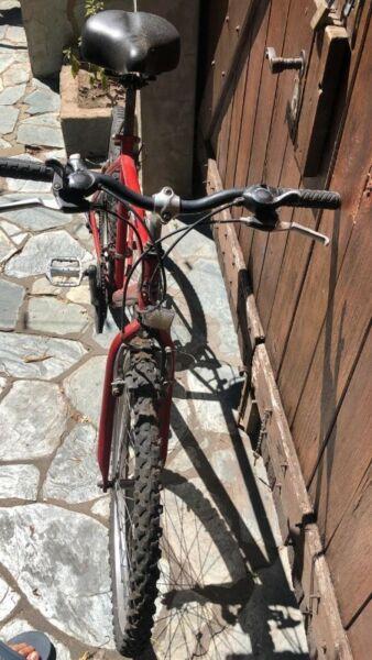 vendo bici hombre usada,pero muy buen estado y excelente