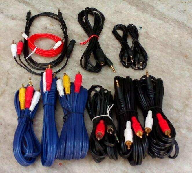 Lote Cables De Audio, Celulares Y Fuentes De Alim Entendidos