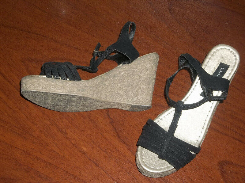 Sandalias negras taco chino alto Nº 40