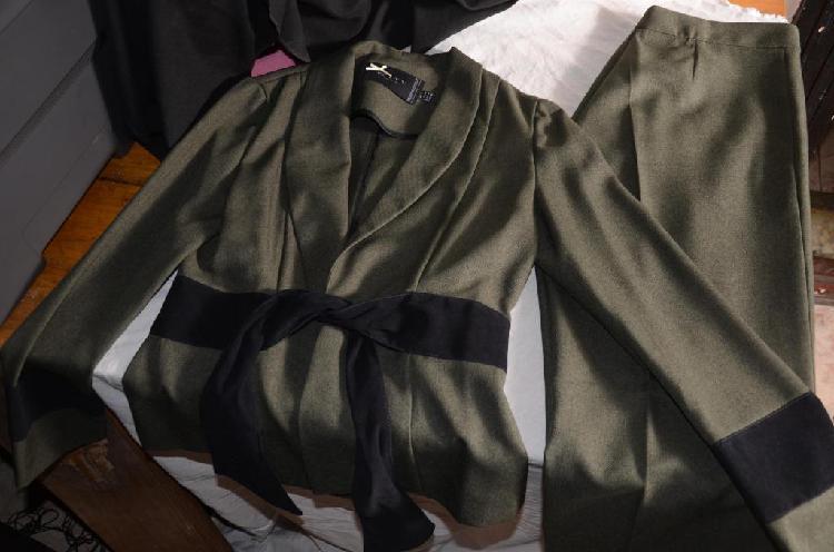 Traje DE VESTIR De Mujer Saco Y Pantalon Jenniffer Talle 2