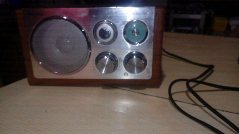 Vendo. Radio usada