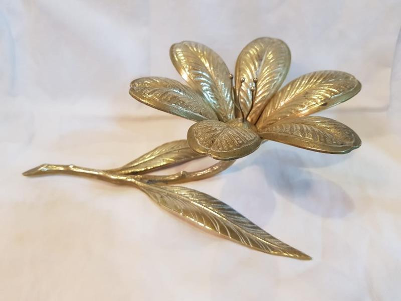 Adorno - cenicero en forma de flor de bronce