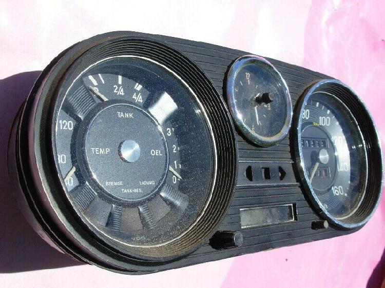Instrumental Mercedes Benz W114 W114C W115, 200D, 220D Años