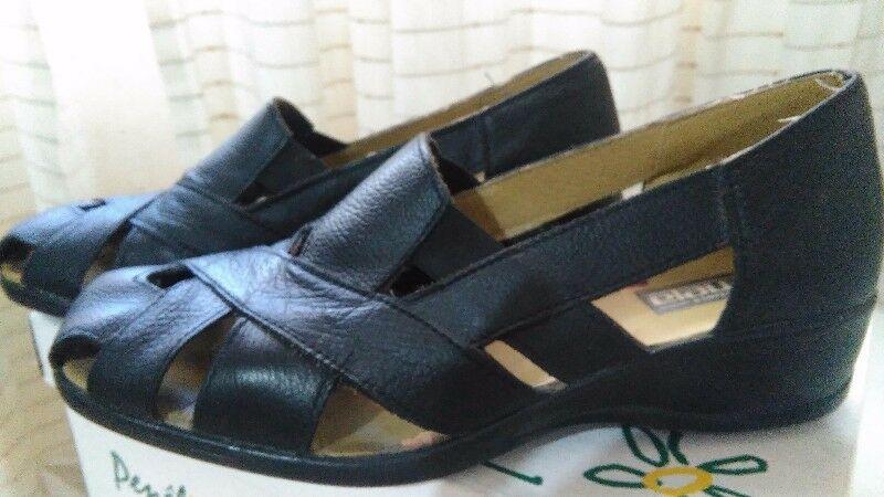 Sandalias negras número 37 + 2 pares de mocasines