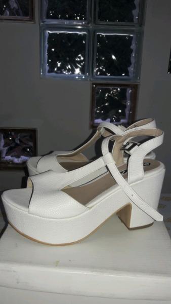 Sandalias color Blanca número 38
