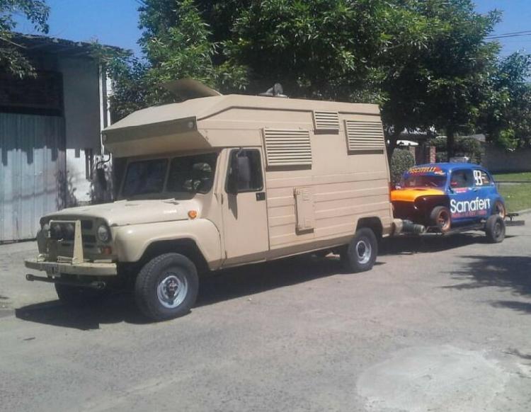 Vendo casa rodante 4x4 Jeep uaz