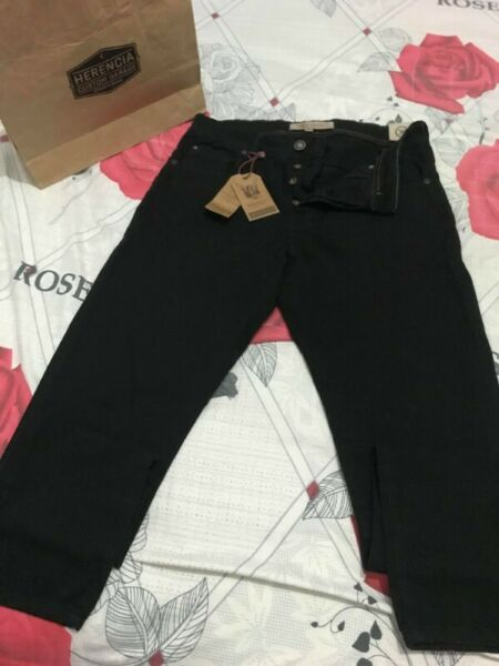 PANTALON JEANS HERENCIA ARGENTINA, SLIM FIT, TALLE 32, NUEVO
