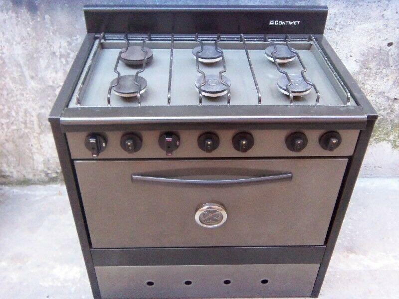 cocina de 6 hornallas enlozada en muy buen estado usada
