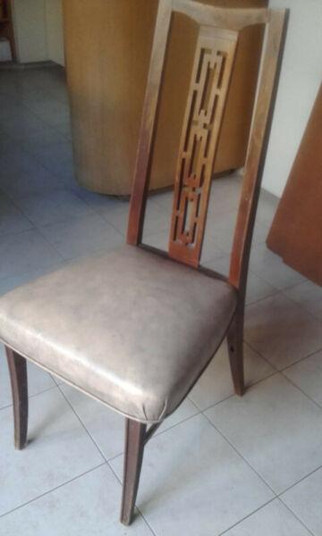6 sillas de madera maciza