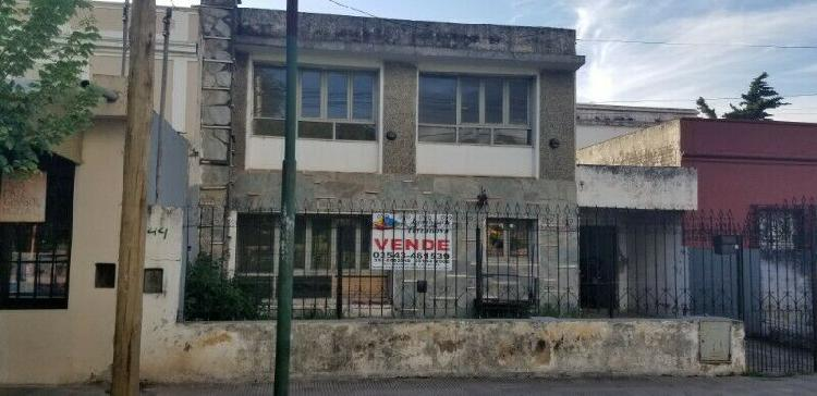 VENDO CASA A RECICLAR EN CALERA CENTRAL - LA CALERA