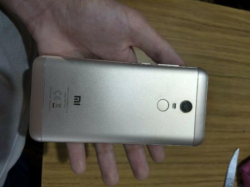 Xiaomi Redmi 5 Plus COMO NUEVO (No permuto)